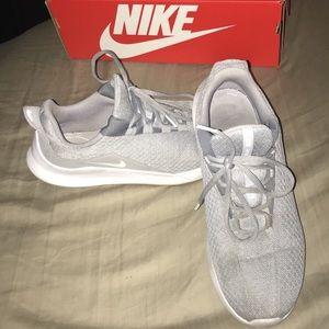 Women's Nike Viale shoes